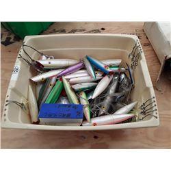 "Box of 6"" Tomic Salmon Plugs"