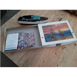 500 Piece Puzzle (Inner Contents Sealed) And Plastic Boat