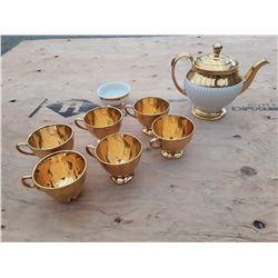Royal Winton Grimwades England Tea Set