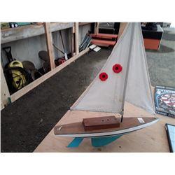 Vintage R/C Sail Boat No Remote