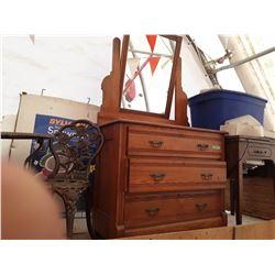 3 Drawer Dresser W/Mirror