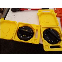 2 power grip suction cups