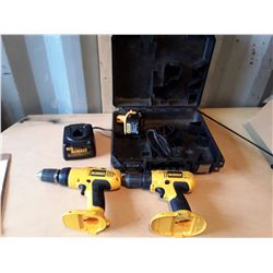 4 Piece Dewalt Drills With Case