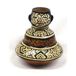 Vintage Peruvian Shipibo Effigy Triple Lobed Pot