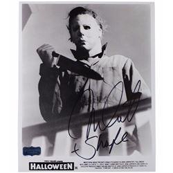 """Nick Castle Signed """"Halloween"""" Photo - Radtke COA"""
