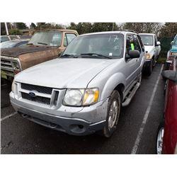 2001 Ford Explorer Sport