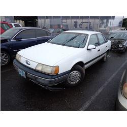 1990 Ford Taurus