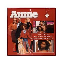 Annie (2014) Hero Heart Locket