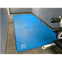 BLUE 6 SECTION LARGE EXERCISE MAT