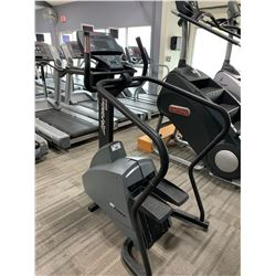 LIFEFITNESS 9500HR ISC TRACK COMMERCIAL CLIMBING MACHINE
