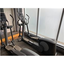 LIFEFITNESS 95XI COMMERCIAL ELLIPTICAL CROSS TRAINER WITH LIFEFITNESS THEATRE TV & CONTROL