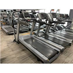 PRECOR USA 956I COMMERCIAL TREADMILL