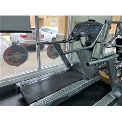 LIFE FITNESS GLIDE FLEX DECK COMMERCIAL TREADMILL WITH CARDIO THEATRE WITH REMOTE
