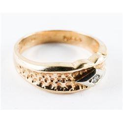 Estate Ladies 10kt Gold Diamond Band Size 6.