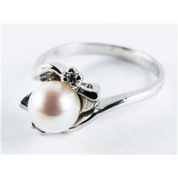 Estate 10kt Gold Ring Culture Pearl and Diamond Si