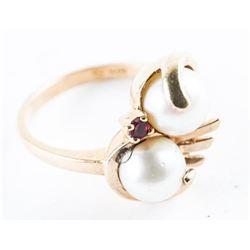 Estate Ladies 10kt Gold Ring Size 5.5 - 2 Culture