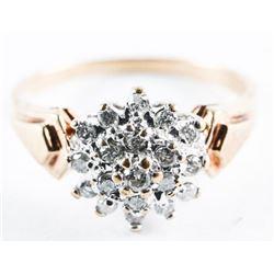 Estate Ladies 10kt Gold Diamond Cluster Ring. Size