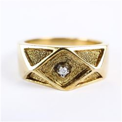 Estate 10kt Gold Diamond Ring Size 9 1/4. 8.66gram