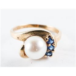 Estate Ladies 10kt Gold Cultured Pearl Ring with