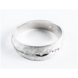 Estate 10kt White Brush Gold 3 Diamond Band Ring.