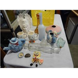 CRATE OF ANTIQUES AND COLLECTIBLES
