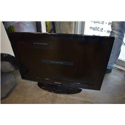 SAMSUNG 32 INCH TV W/ REMOTE