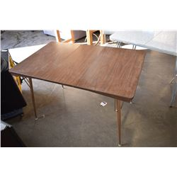 METAL VINTAGE BISTRO TABLE WITH LEAF