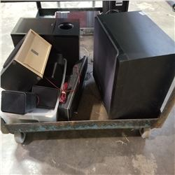 LOT OF SUBS AND SPEAKERS