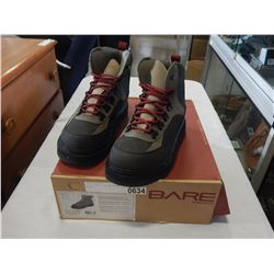 SIZE 8 BARE FISHING KERMODE BOOTS
