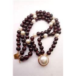 Gold/Perl/Garnet Bracelet