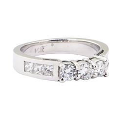 1.00 ctw Straight Line Diamond Ring - 14KT White Gold