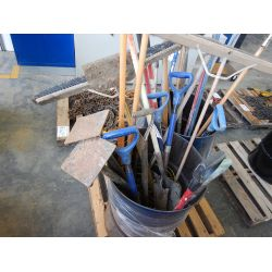 SHOVELS/ BROOMS Shop Equipment