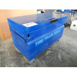 KNAACK 4' X 2' Tool Box Truck Product and Accessory