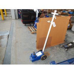 NORCO 22 Ton Floor Jack Shop Equipment