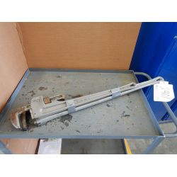 WESTWARD (2) PIPE WRENCHES Tool