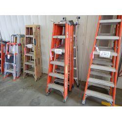 FIBERGLASS/ ALUMINUM STEP LADDER Shop Equipment