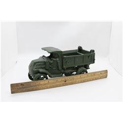 Cast Army truck w/ working hoist no box