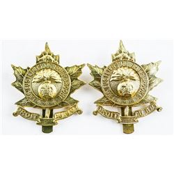 Pair Les Fusiliers De Sherbrooke Queen's Crown Cap Badges