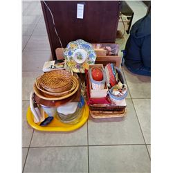 Assortment of Kitchen Bakeware & Servingware A