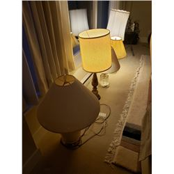 Assortment of table lamps A
