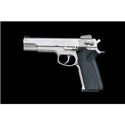 S&W Model 1006 Semi-Auto Pistol