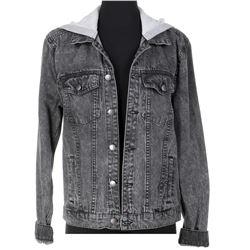 Hannah Marks 'Amanda Brotzman' denim jacket hoodie and sleeveless t-shirt from Dirk Gently's...