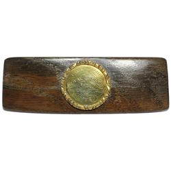 Wooden snuff-box lid with round gold(?)-plated brass plaque engraved with wreck information as made
