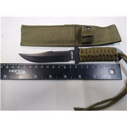 New Survivor Knife with Paracord handle & sheath