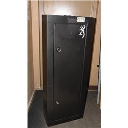 Homak 10 Gun Storage Cabinet with Keys