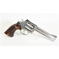 Smith & Wesson 686-2 Handgun