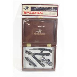 Winchester Wood Boxed Deluxe 4-Piece Tool Set