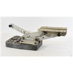 Spar Marine Manufacturing Outboard Bracket