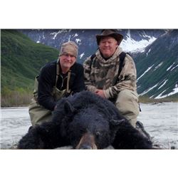 1 Person / 5 Day 1 X 1 Guided Hunt for 2 Alaskan Black Bear