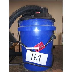 BUCKETMAX 6.5A WET/DRY VAC / APPROX. $50.00 NEW